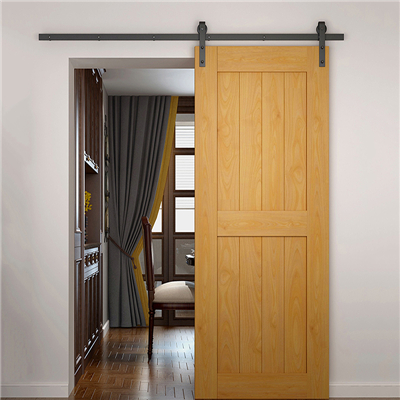 What are the characteristics the sliding bedroom door?